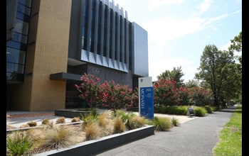 Shimadzu HPLC Teaching Laboratory at the Monash Institute of Pharmaceutical Sciences